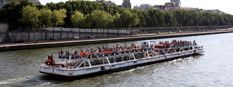 promenade bateau sur la seine